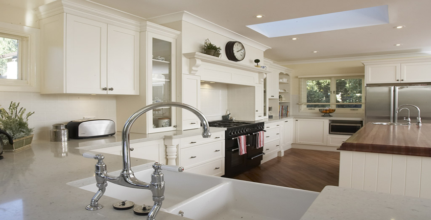 Brilliant White French Country Kitchen 880 x 450 · 396 kB · png